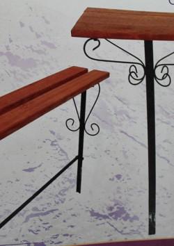 простой столик + лавочка